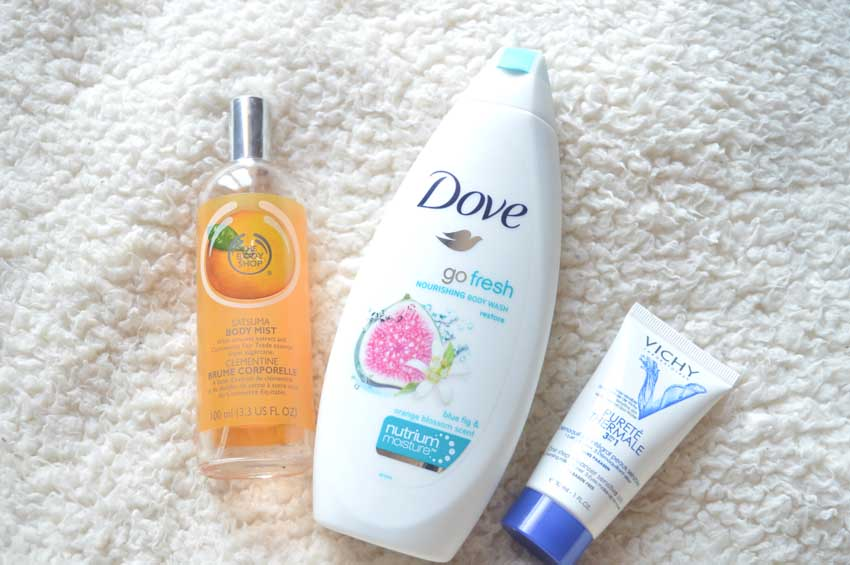body shop satsuma body mist, dove shower cream, vichy moisturuser