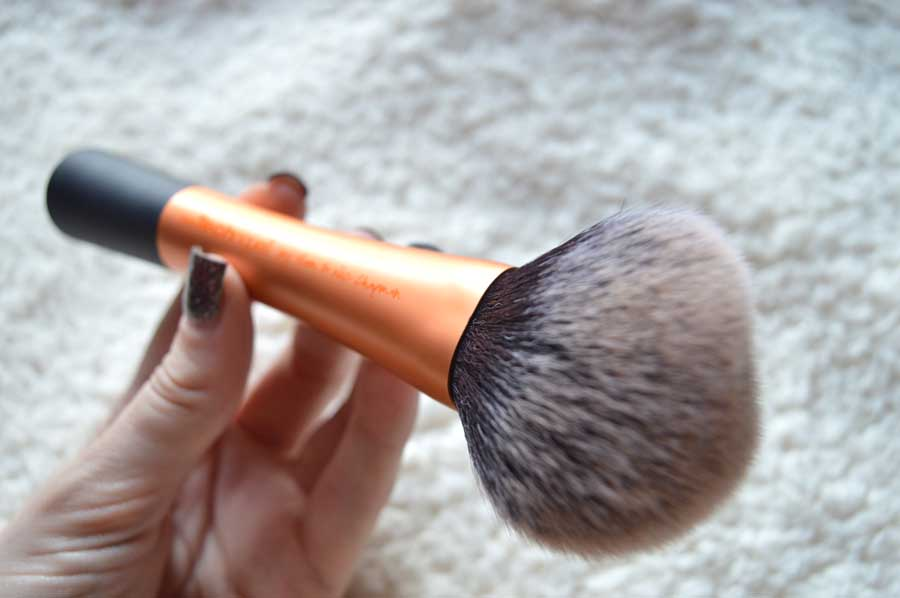 real techniques powder brush review