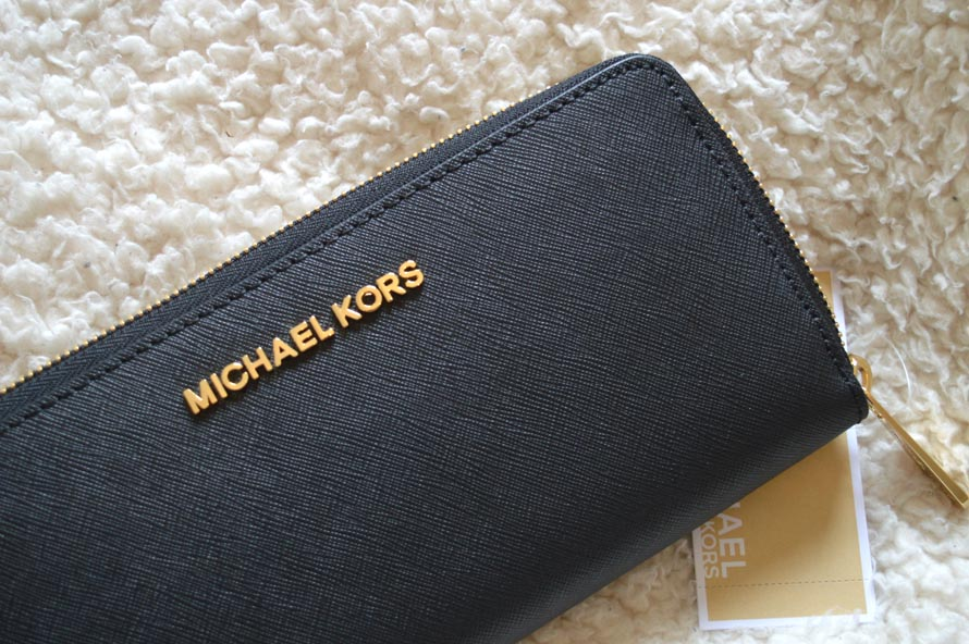 michael kors jet set purse black