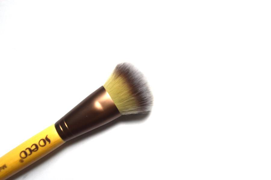 makeup brushes 3
