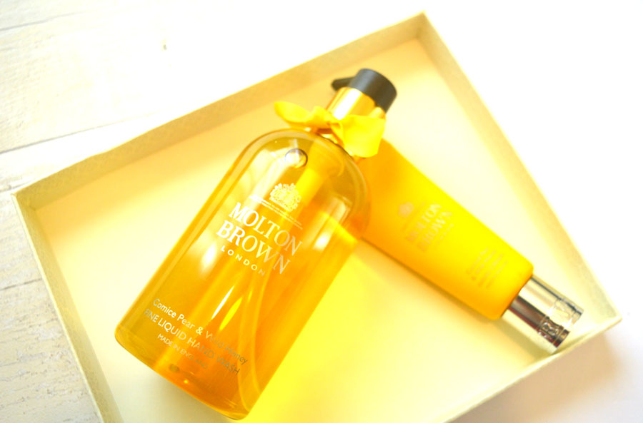 Molton Brown comice pear & wild honey review